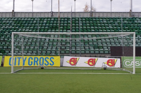 Straffspark mot det västra målet. Foto: Pia Skogman, Lokalfotbollen.nu.