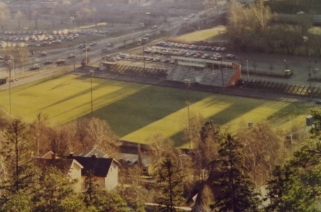 Utsikt från Norra Berget över Idrottsparken innan ombyggnaden.
