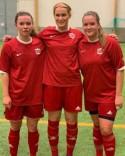 Kovlands tre målskyttar i segern mot SDFF div 3. Fr v. Isabelle Lindgren, Olivia Olofsson och Amanda Hamrin. Foto: KIF Instagram.