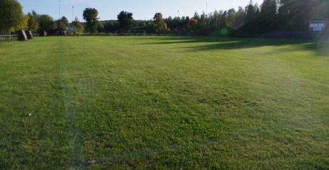"""Lite drygt 100 meter till nästa hörnflagga och """"klick"""". en bild sydost. Foto: Pia Skogman, Lokalfotbollen.nu."""