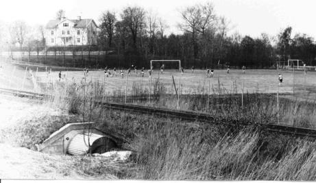 Så här såg det ut för länge sedan, redan före Claes Nymans tidevarv, när det var match på Maland.