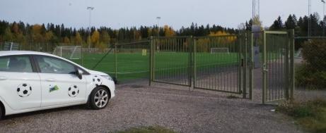 Heffnersklubban har nyligen flyttat sin verksamhet från naturgräset i Gärde till den fina konstgräsanläggningen i Korsta. Foto: Pia Skogman, Lokalfotbollen.nu.