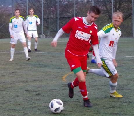 Del 2 av ovanstående duell. Foto: Pia Skogman, Lokalfotbollen.nu.