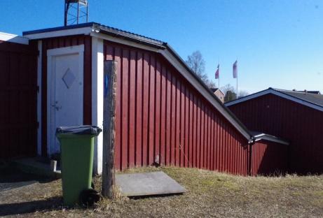 Likt många internationella topparenor har Söråker grus en kulvert från omklädningsrummen upp till planen. Mäktigt! Foto: Pia Skogman, Lokalfotbollen.nu.