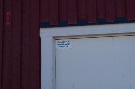 Entré värmestuga. Foto: Pia Skogman, Lokalfotbollen.nu.