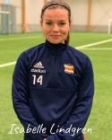 Isabelle Lindgren snörar på sig fotbollsskorna igen efter tre års uppehåll.