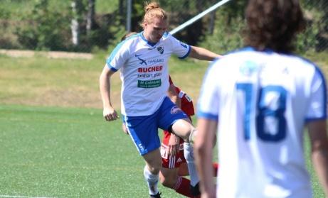 Stefan Grönlund i aktion under sin tid i IFK Timrå innan han tvingades sluta på grund av skada ifjol. Nu mår kroppen bättre och gör en omstart i Medelpadsallsvenskan och Lucksta IF. Foto: Fredrik Thimeradh.