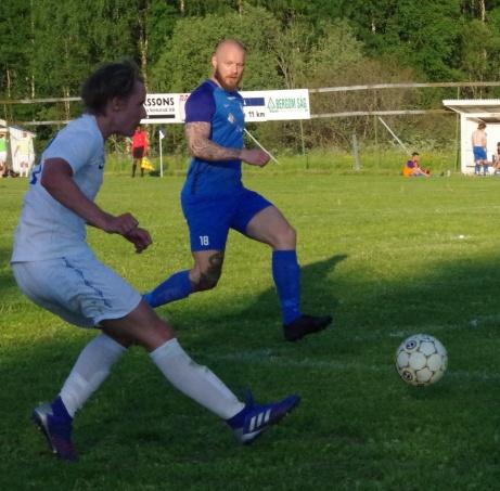Målskott vid nr 3. Foto: Pia Skogman, Lokalfotbollen.nu