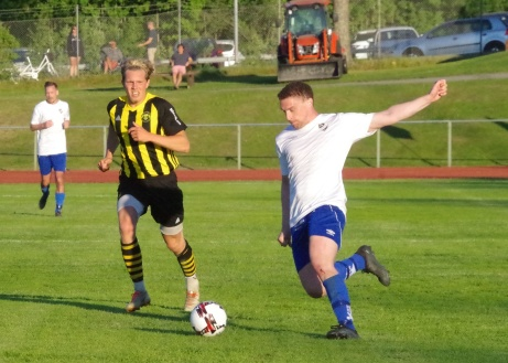 Oliver Lundgren var tillbaka i IFK-tröjan och svarade för två mål i premiären mot Kuben och kan titulera sig matchvinnare. Foto: Pia Skogman, Lokalfotbollen.nu.