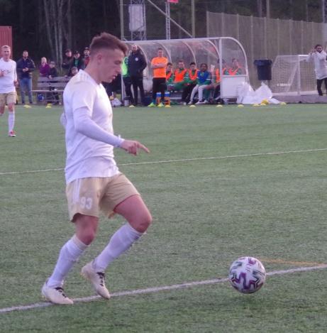 Bild 21. Semir Salia fokuserar. Foto: Pia Skogman, Lokalfotbollen.nu