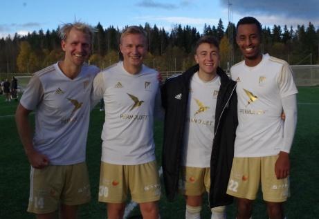 Bild 45. Oliver Widahl, Joakim Edström, Semir Salia och Samuel Keflit. Foto: Pia Skogman, Lokalfotbollen.nu