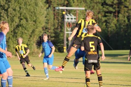 Kuben 2 nådde högst när man fick spela hemma borta mot Fränsta på Myggvallen.Foto: Roger Mattsson, Lokalfotbollen.nu
