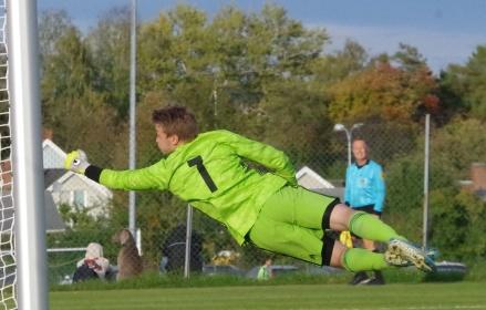 GIF-fostrade målvakten Axel Erngren byter Kuben i fyran till Lucksta i trean inför den kommande säsongen. Foto: Pia Skogman, Lokalfotbollen.nu.