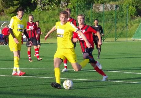 Philip Pallin både inledde och avslutade Alnö 2;s målskytte i 5-2-segern mot Stockvik i Medelpadssexans premiär. Arkivbild Pia Skogman, Lokalfotbollen.nu.