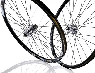 American Classic WIDE LIGHTNING 27.5 TUBELESS - AM Wide 27,5