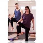 yoga workshop okt knä tjej o kille Utthita Hasta Padangustahasana A