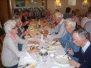 Aktiva medlemmar intog lunchen med god aptit!