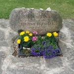 Ingmar Bergmans gravsten.