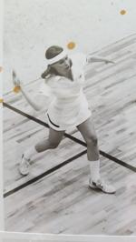 Agneta Samuelsson vann inga simmedaljer men blev framgångsrik squashspelare och vann SM-guld i den idrotten.