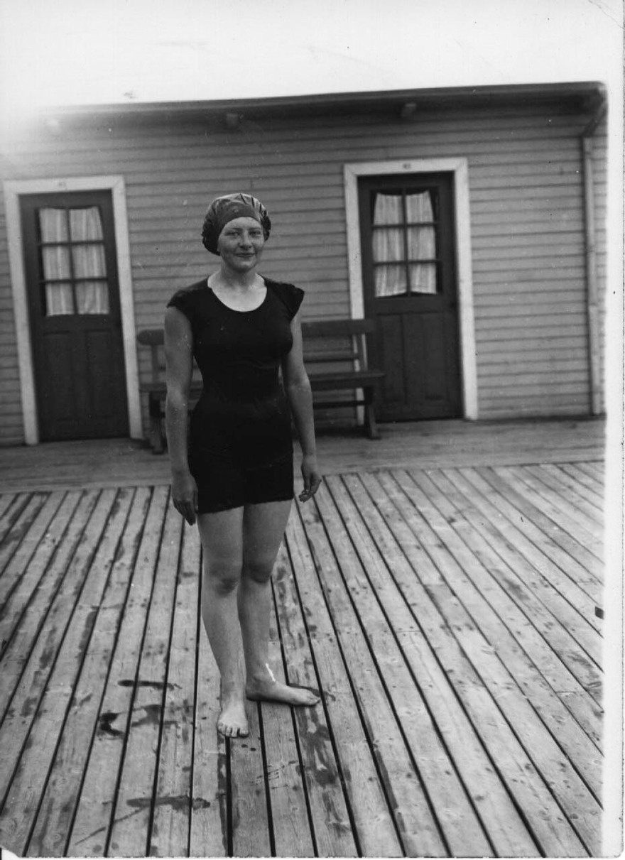 Emmy Machnow som vid Baltiska Spelen var en av de mer framträdande simmarna. Svenskt rekord på 100m fritt noterade hon i hemstadens simarena.