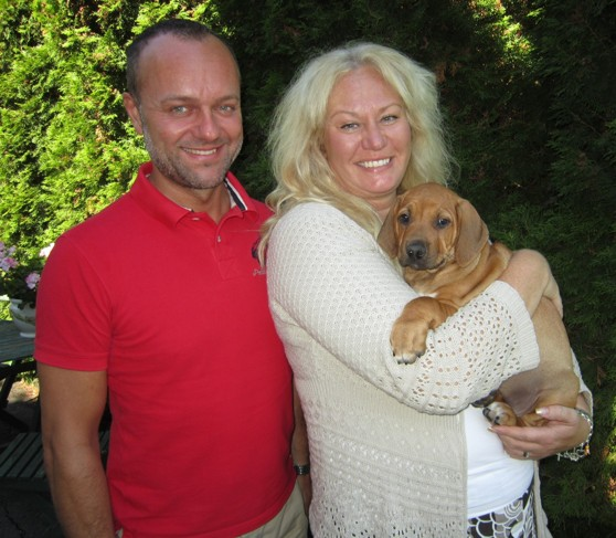 Lena & Micke med sin lilla Dixie 31 Juli