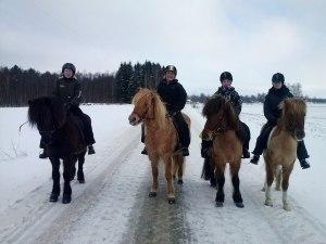 Fv: Jenny&Neisti, Sofia&Vigdis, Ida&Gandur, Matilda&Freyja