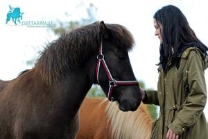 Bía med nya ägaren Nina. Foto Sabina Svenningsson.