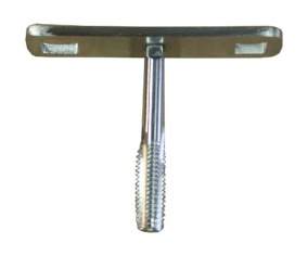 Gängtapp med broddnyckel