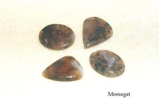 Mossagat, handpolerade stenar
