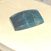 Apatit handpolerad sten