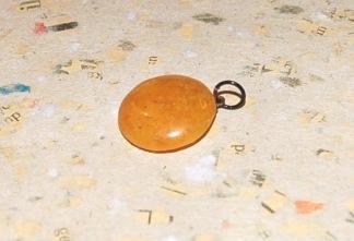Aragonit sten 20 mm med ögla