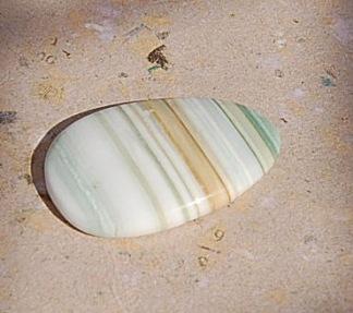 Grön Saturn kalcedon Agat 36x22mm