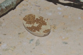 Psilomelan sten 35x22mm