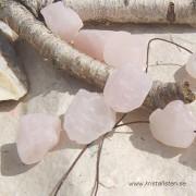 Rosenkvarts råsten med hål för smyckestråd
