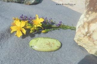 Naturlig Grön Opal sten 44x26mm