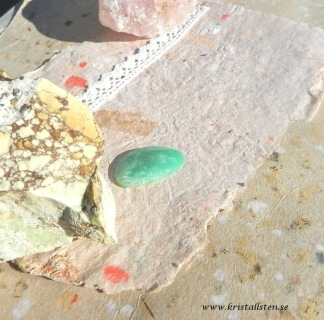 Krysoprase sten 33x21mm flatback friform
