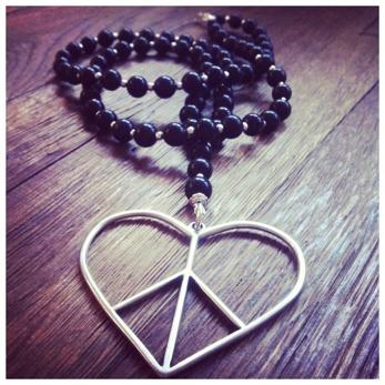 Big peace (black) -