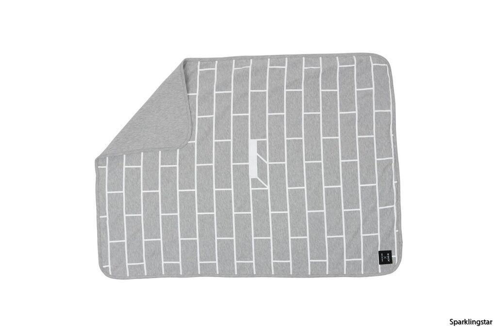 One We Like X Acne JR Blanket Tegel