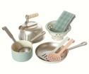 Maileg Metal Kitchen Powder With Play Set