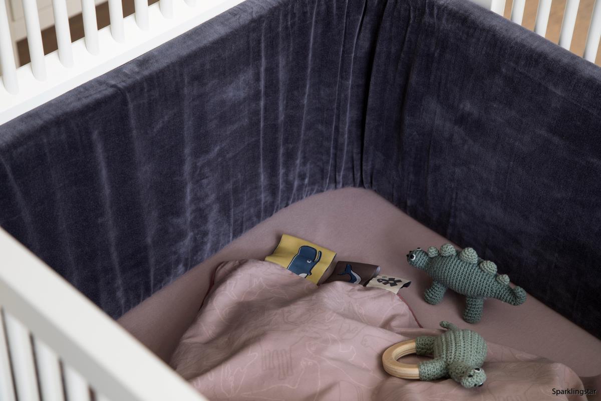 Sebra Spjälsängskydd Velour Charcoal Grey