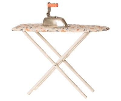 Maileg Iron & Ironing Board - Maileg Iron & Ironing Board