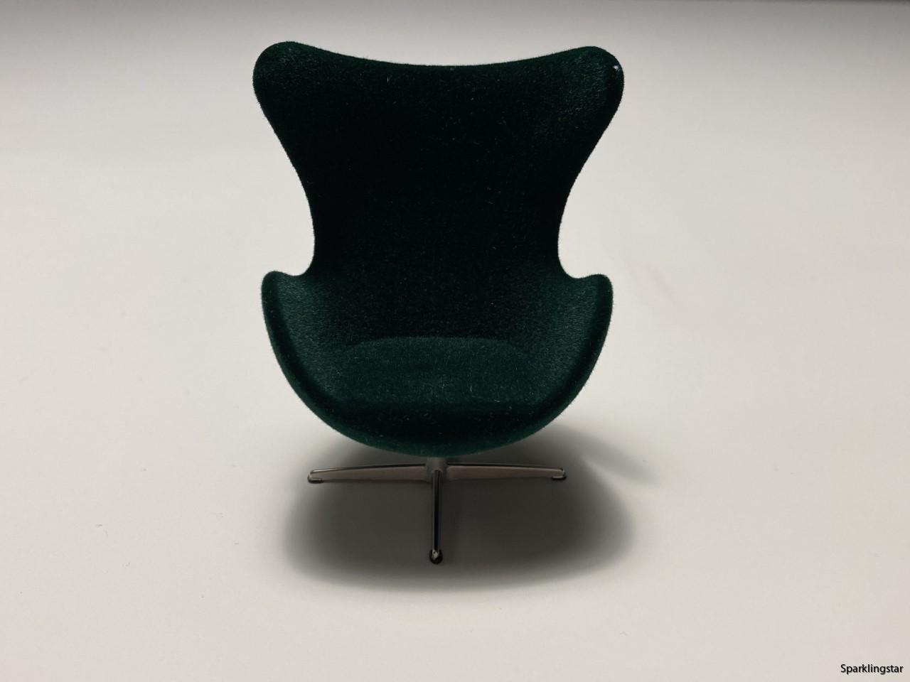 Minimii Arne Jacobsen Ägget Fåtölj Royal Green