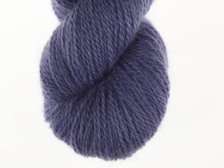 Mörk blålila nr 52 50% angora / 50% merino - 7g