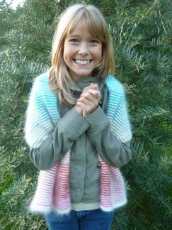 Skuggstickad halsduk i glada färger - Skuggstickad halsduk i glada färger - Stickpaket