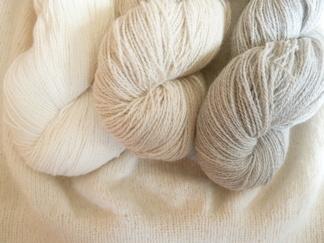 naturgrått och beige 50% angora / 50% merino, 7g, 20g eller 50g - 7g naturgrå