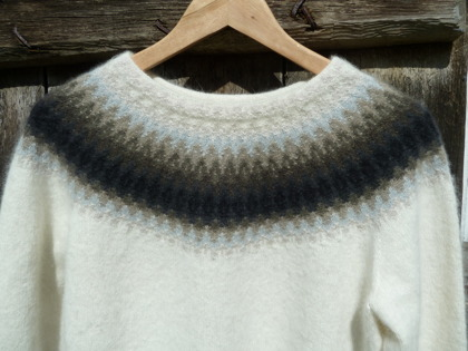 """Regnmoln"" pullover. Photo P. Silfverberg"