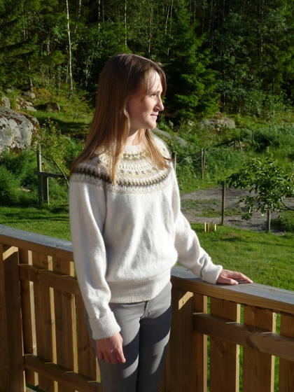 """Vinterdis"" pullover. Photo P. Silfverberg"