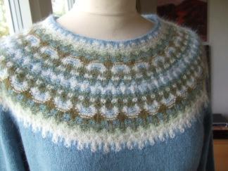 Den Blå pullover cardigan Bohus Stickning - Den Blå jumper/kofta kit