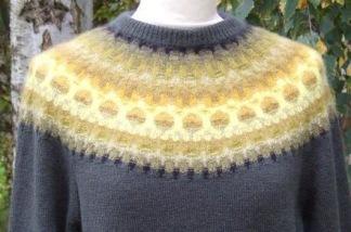 Guld pullover cardigan Bohus Stickning - Guld jumper/kofta kit