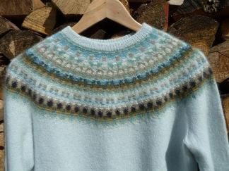 Bleka Skimret pullover cardigan Bohus Stickning - Bleka Skimret jumper/kofta kit